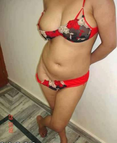 Naked Desi Aunties In Bra Exposing Boobs Deep Cleavage - Sexistpics.com - Sexy Girls Pictures. Indian bhabhi and aunties Sexy juicy wight bra big fair boobs and sexy Nipples Nude photos.