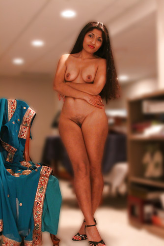 Sexy Indian Bhabhi Removing Blue Sari and Blouse ...