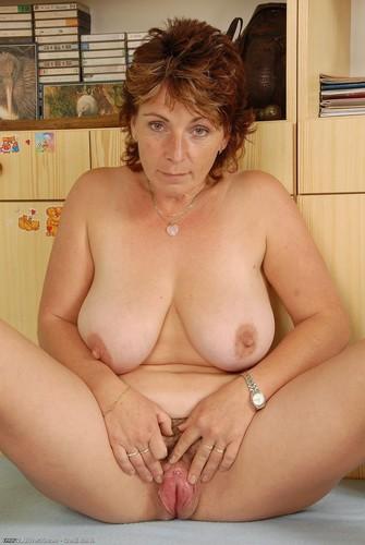 зрелые голые бабы фото смотреть