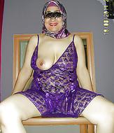 s0r0ob0gqqy5 t Hijab sluts giving blowjob