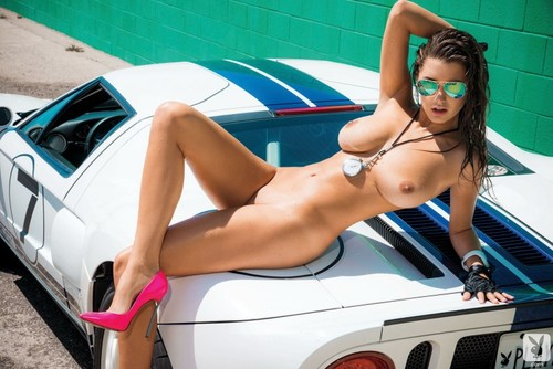 Автомобили и голые девушки фото 48732 фотография