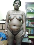Mature BBW Indian Aunty Nude