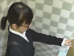 seer003 至近距離洗面所 Vol.03 働く女性(スーツ姿)は魅力的です