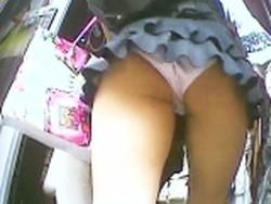 【投稿作品】パンチラマニア必見の作品となっております。 東京パンチラ女子 Vol.04【VIP】