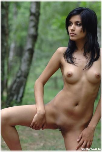 фото восточных голых красавиц