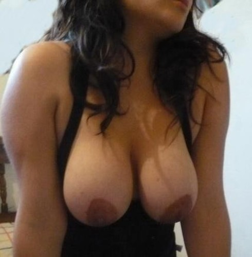 Young Indian College Girls Hostel Nude Photos