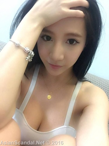 Beautiful English teacher Alyssa From Shanghai
