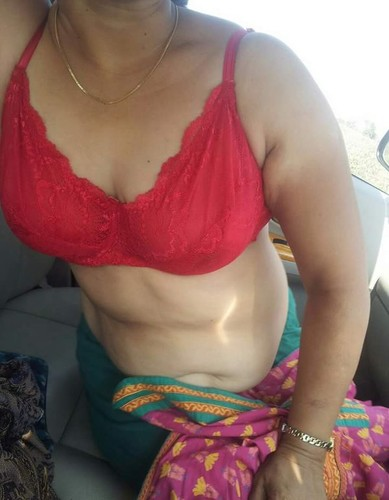 anty in nud All desi bra