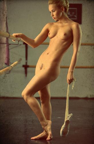 Бесплатно фото голые балерины 10564 фотография