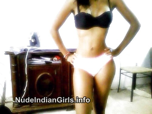 Sexy Indian IGirls Nude Boobs Xxx Images