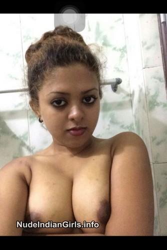 Desi Tamil Girls Boobs Hot Photo Gallery