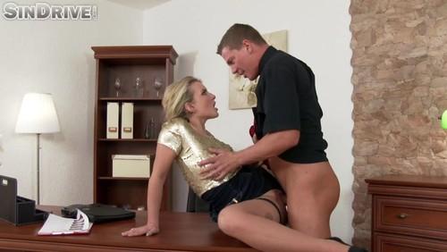 Sister masturbation spy cam