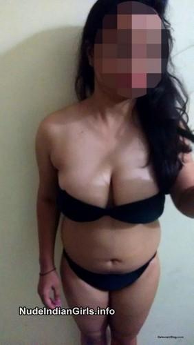 Sexy Mumbai College Girl Hot Nude Pics