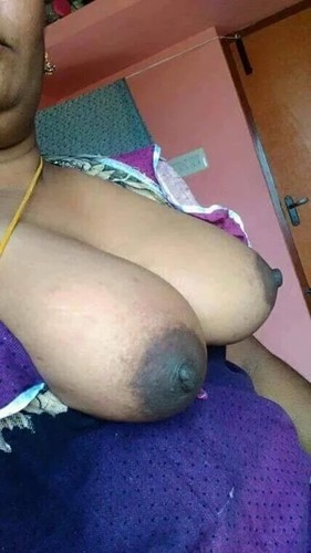 boobs nipple club. aunty