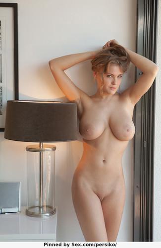 голые пухлые сиськи фото