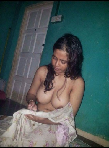 Indian Young College Girls Full Nude Selfie