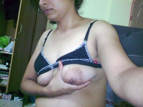 Desi College Girls Hot Nude Selfies Photos