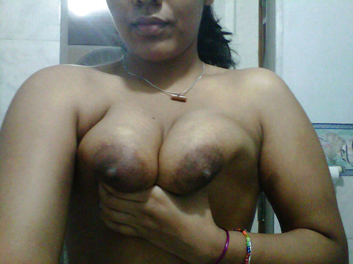 Sexy Indian Aunty Big Boobs Nude Photos