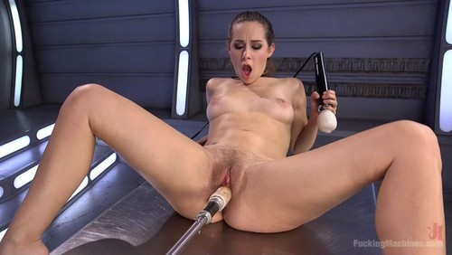 Cassidy Klein – Mind Blowing Orgasms from Fucking Machines and Anal!!