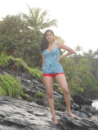 Desi Indian Girls Lovved to Take Nude Photos