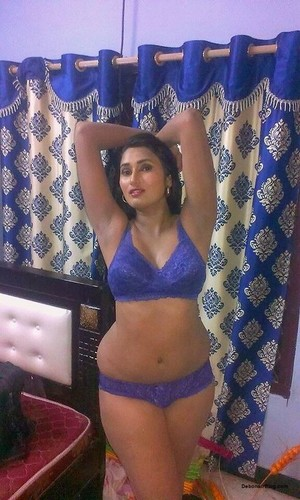 Sexy Nagpur College Girls Nude Selfies