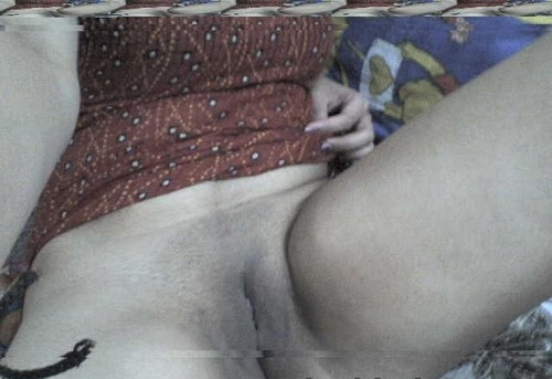 9gumh5omss9l t Hot desi girl from jharkand showing her sexy hot boobs