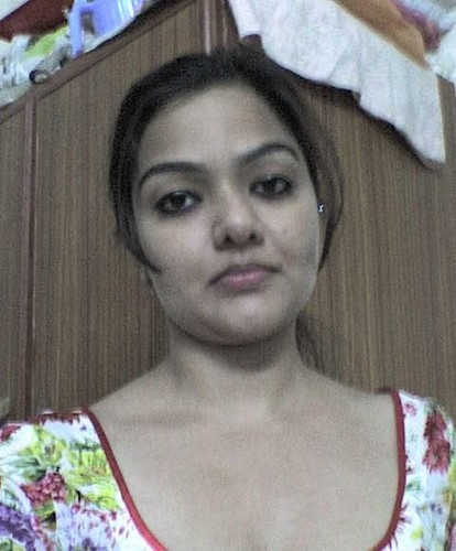 Hot desi girl from jharkand showing her sexy hot boobs