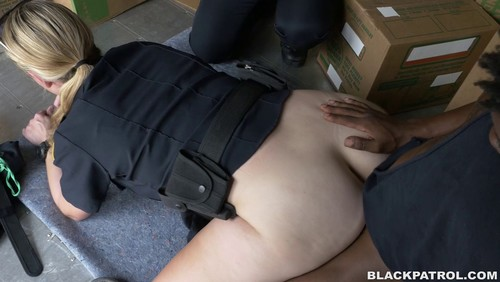 Black Patrol : Black suspect taken on a rough ride, gets horny Milf cops wet and fucking on stolen goods.