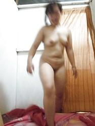 indinesian call girl riding on cock