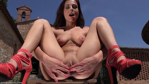 InTheCrack E1224 : Antonia Sainz