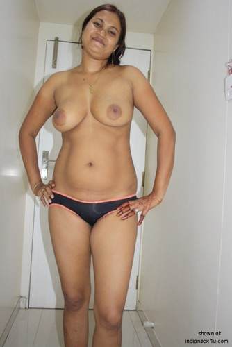 Яблочко Desi nude in bra panties can