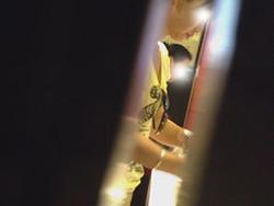 神の手【美人が集まるファッションショッピングセンター洗面所盗撮】ギャルのツルピカ潜入盗撮!Vol.01 ツルピカ美女の大放nyo