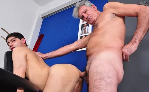 my first daddy gay porn