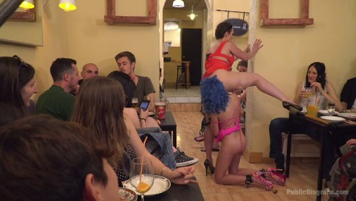 Public Disgrace : Cute And Colorful Susy Blue Is Begging To Be Disgraced In Public.