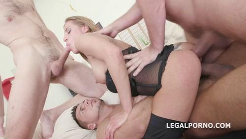 Legal Porno : Silvia Dellai and Tera Link DAP Fisting