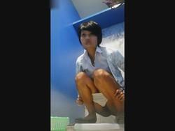 【投稿作品】タイのJK校内トイレの異国JK便所 File09