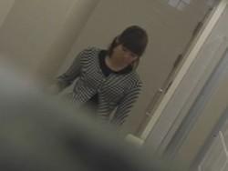 【お銀】「洗面所突入レポート!!」vol.38 蛇玉的なイキオイ
