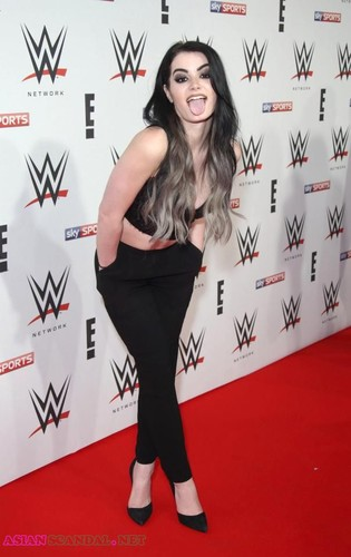WWE Superstar PAIGE leaked porn videos and photos