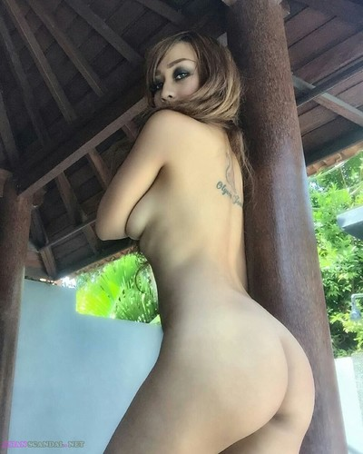 INDONESIAN Sex Boom Girl Naked Videos In Bigo