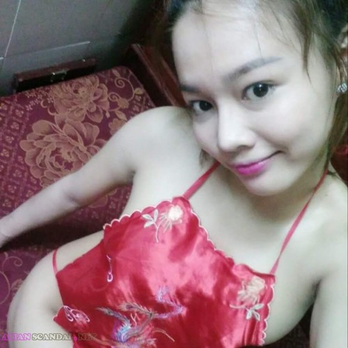 Asian Beauty Lam Hang Nude Livestream On Facebook