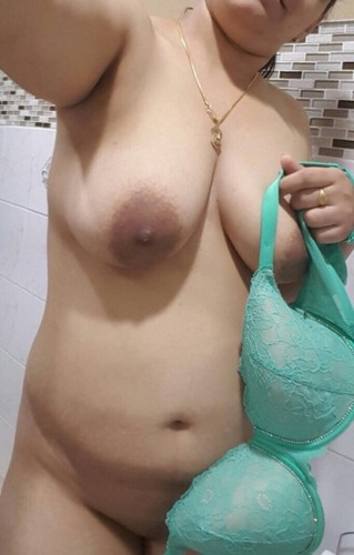 bra Nude aunty indian desi