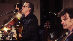 Joe Bonamassa - Live at Carnegie Hall - An Acoustic Evening (2017) [Blu-ray]